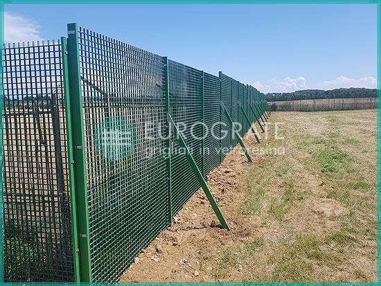 recinzioni grigliate su misura per eliporto