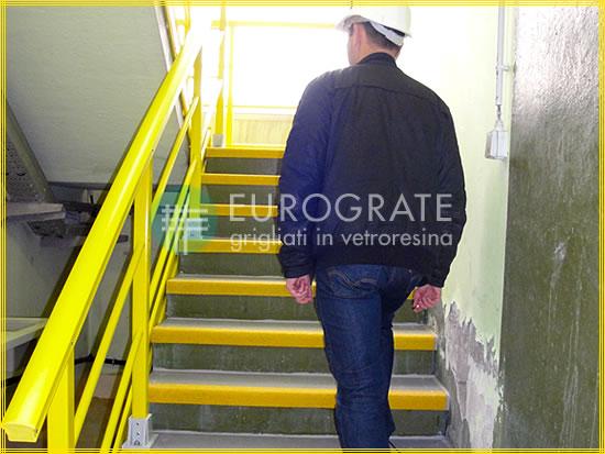 Copri gradini e parapetti per applicazioni industriali e civili