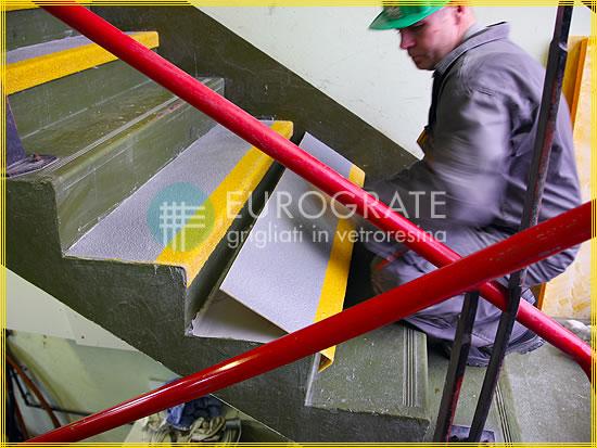 Coprigradini per i gradini in cemento delle scale