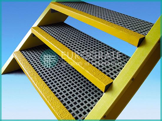 Il prodotto gradini in vetroresina di Eurograte