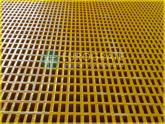 Grigliati antistatici con caratteristiche simile ai grigliati in metallo
