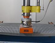 Verifica la flessione e la resistenza meccanica del grigliato a rottura